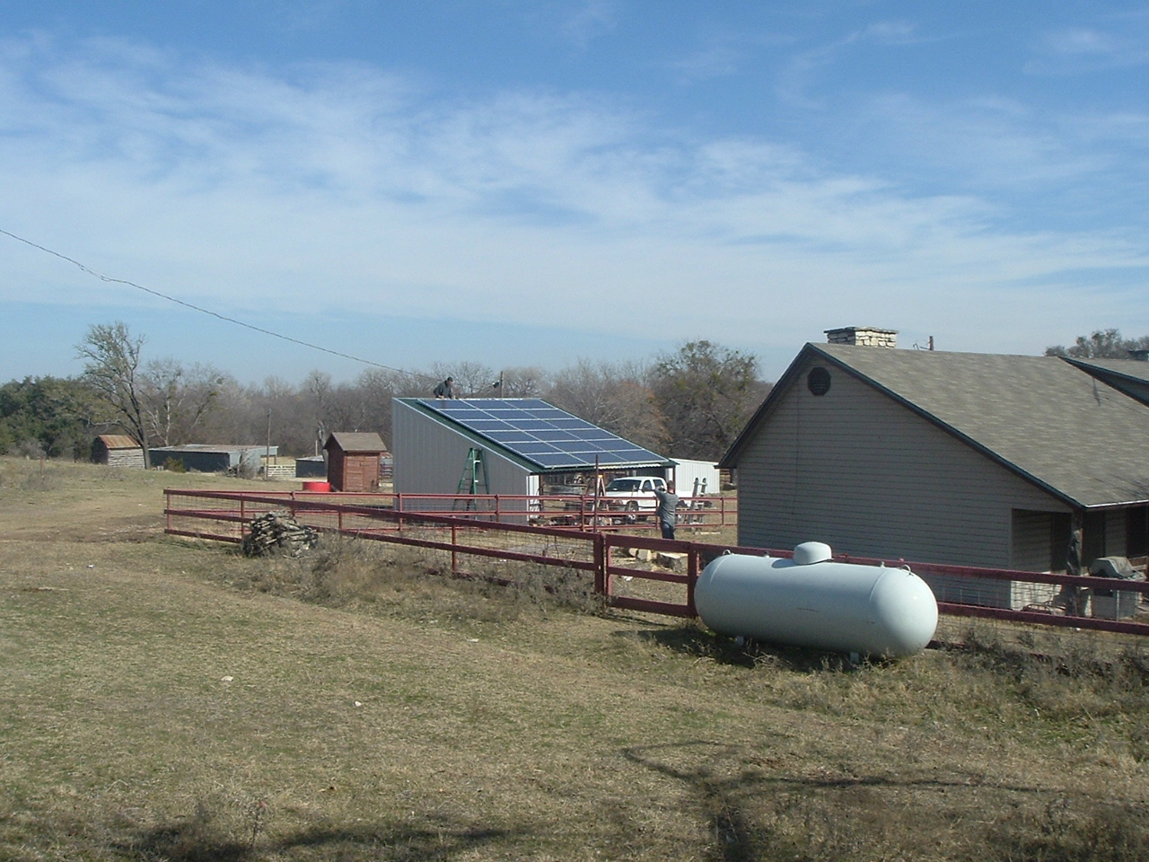 Off Grid Solar Carport : Turn your tractor parking structure into a solar power